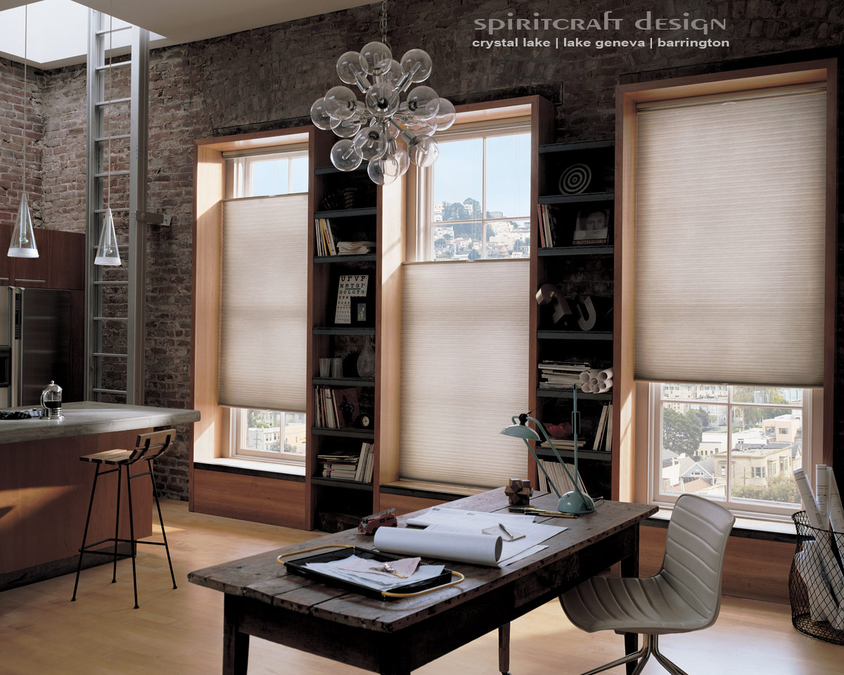 Blinds and shades graber hunter douglas crystal lake for Interior decorator window treatments