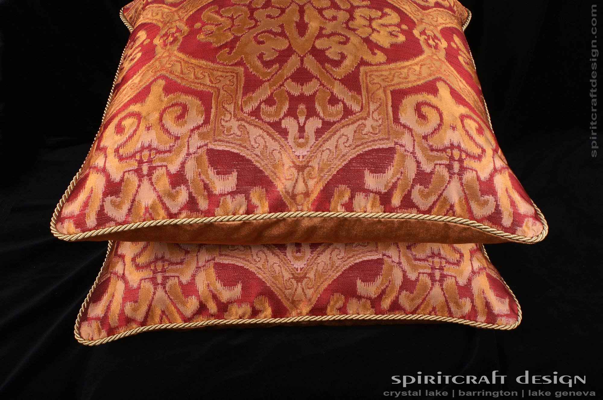 decorative pillows, custom bedding in barrington, crystal lake, il Making Accent Pillows